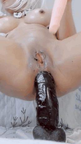 Bella's anal toy pop