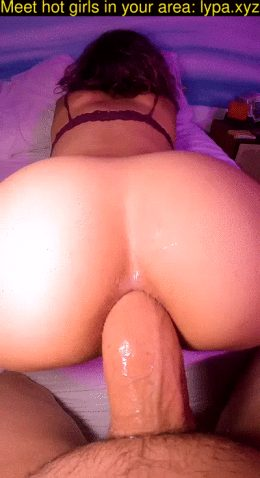 MM – Riding a huge cock with my tight ass