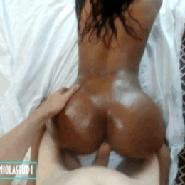 Sexy Ebony Babe Fucked In Hotel