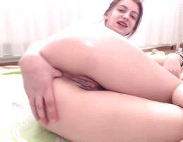 thumb in her bum